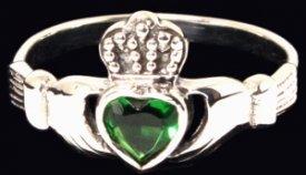 verschlungene ringe grün