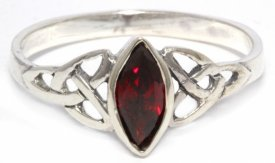 Ring Rigani Celtic Trinity Roter Kristall Silber